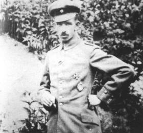 DÖRR, Gustav (Дёрр, Густав)